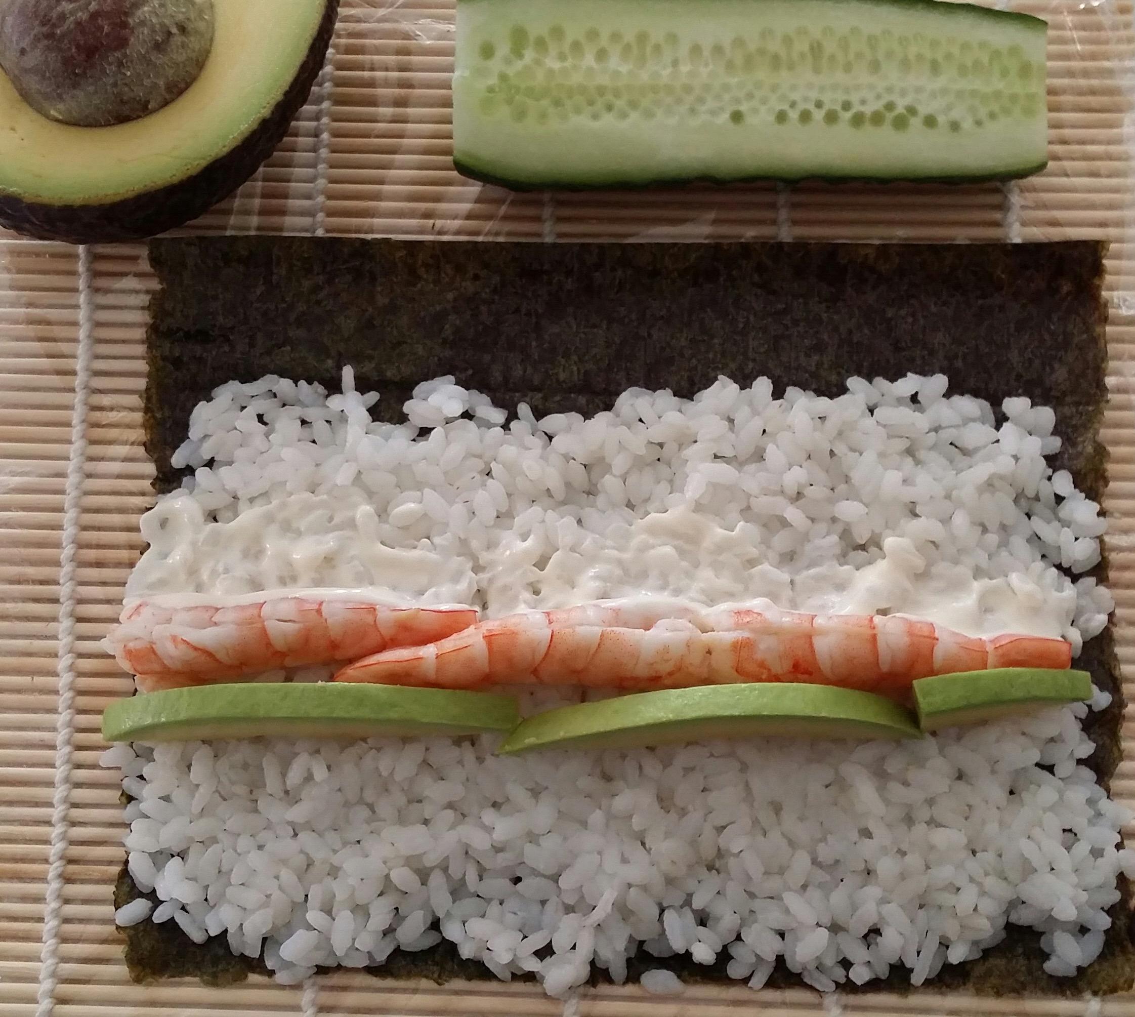 receta-maki-sushi-langostino-aguacate-ido