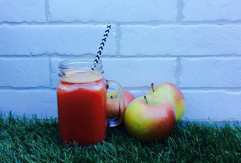 receta-zumo-manzana y ciruela-ido-destacada