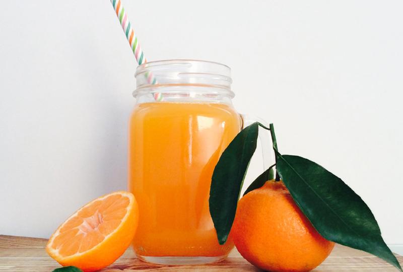 receta-zumo-mandarina y mango-ido-destacada