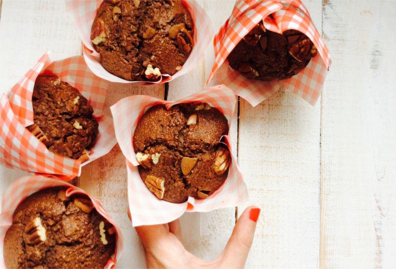 receta-muffins-de-chocolate-y-pacanas-integrales-ido