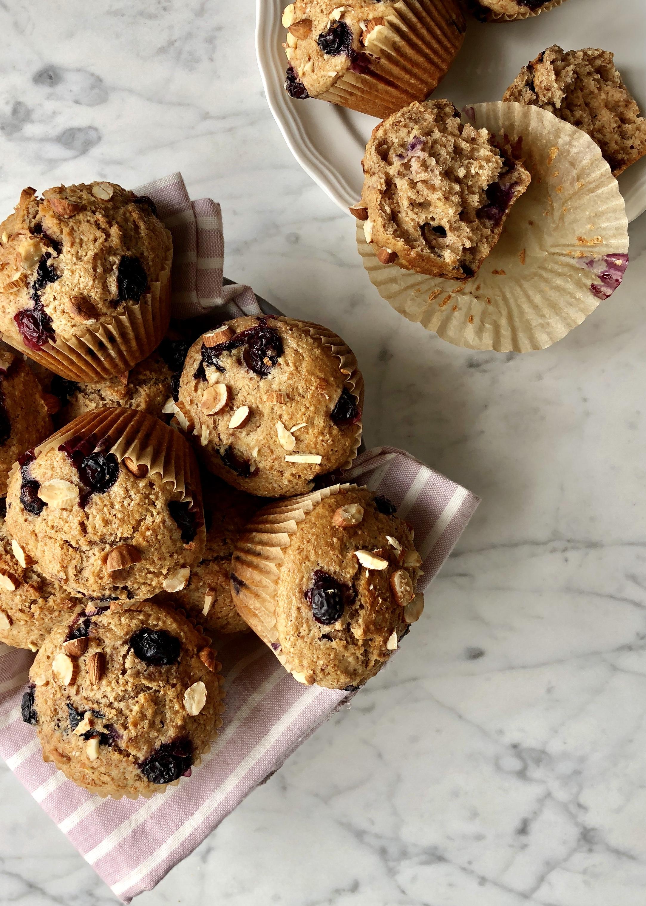 receta-muffins-yogur-y-arandanos