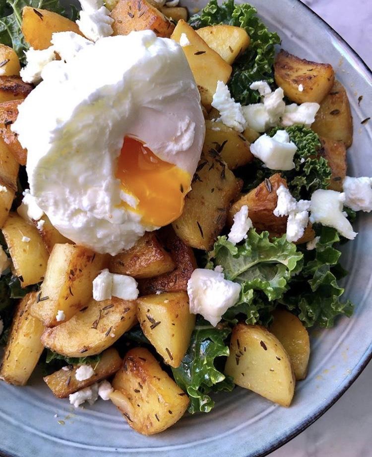 Receta-ensalada-de-kale-patata-y-queso-de-cabra